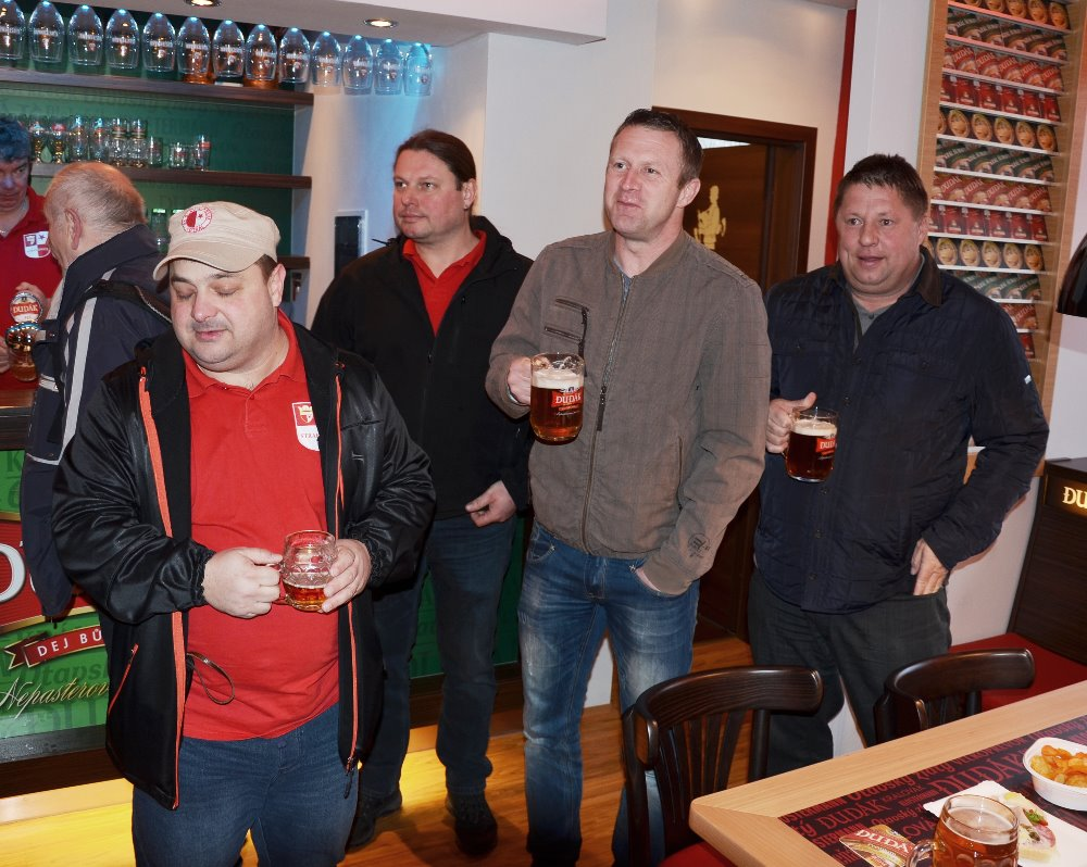 Odbor Slavia Strakonice v Pivovaru 24.3.2016 055